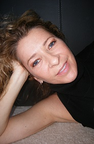 Becky Due Author Profile Photo Head Shot