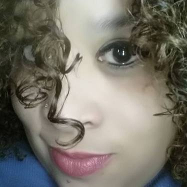 Ryanne CloseUp